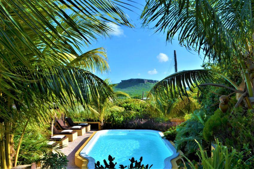 Zwembad van Jan Kok Lodges Curaçao©Jan Kok Lodges Curaçao